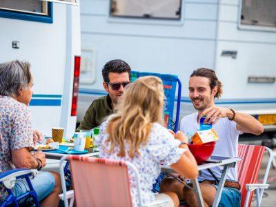 Zondagsmarkt Camperplek op het Plein 14-15-08-2021-119